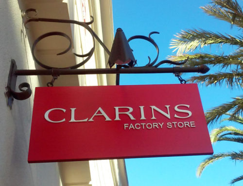 Blade Sign for Clarins
